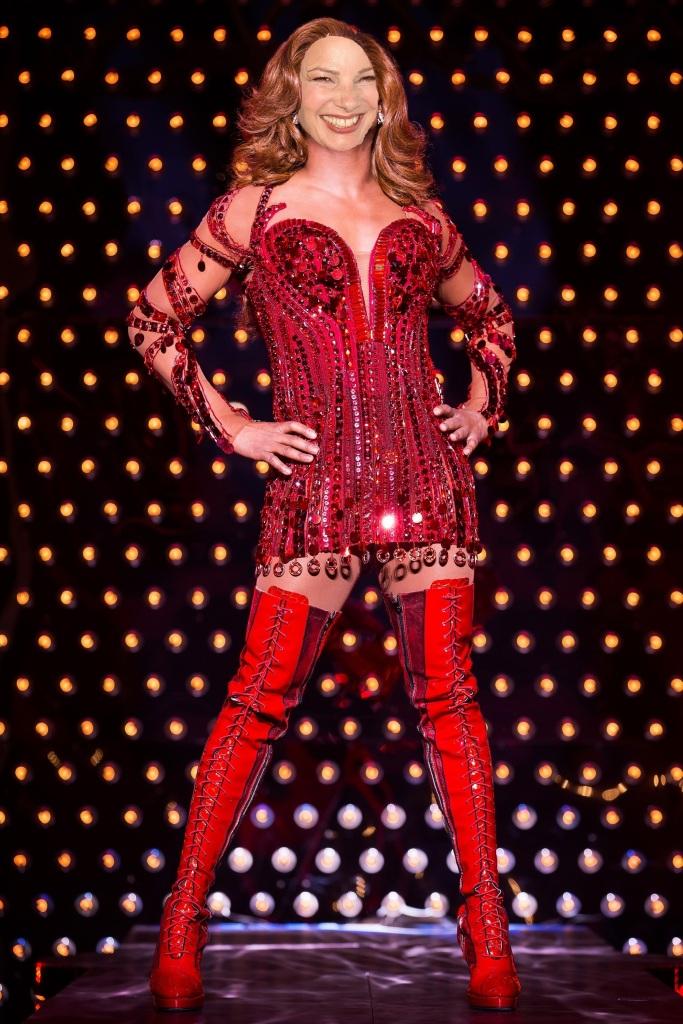 Fran Drescher as Lola